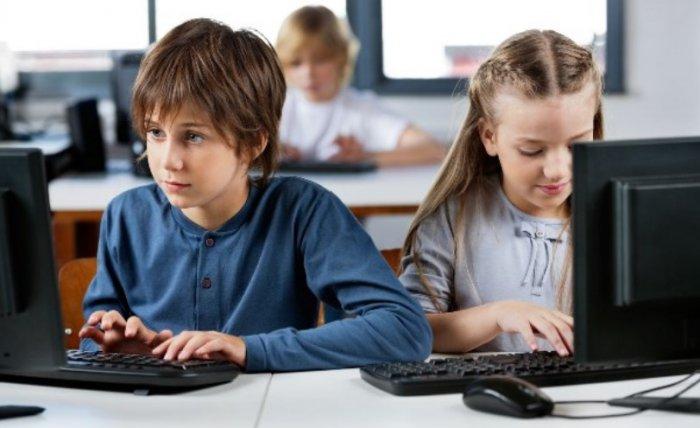 Школьники Южно-Сахалинска изучают программирование