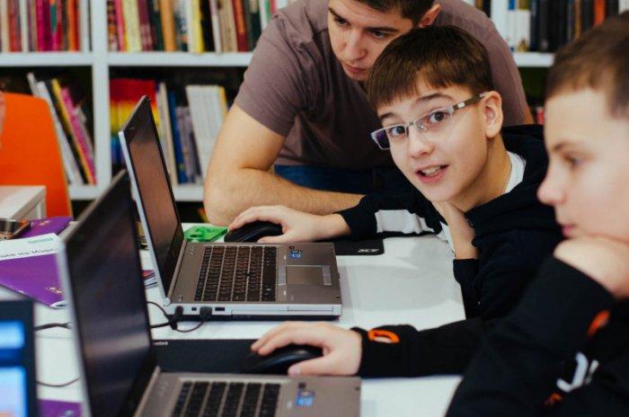 «Классно придумали – взращивать кадры»:в Красноярске появилась детская школа программирования